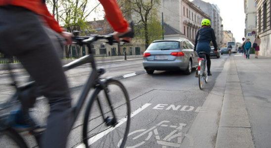 Správná jízda na kole v silničním provozu
