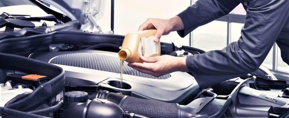 Výměna olejů v autě